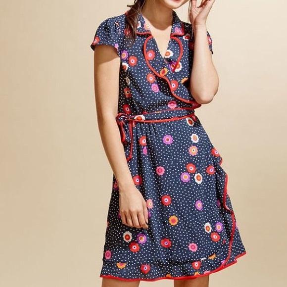 Modcloth Dresses & Skirts - NWOT MODCLOTH Daytime Dapper Wrap Dress in Navy